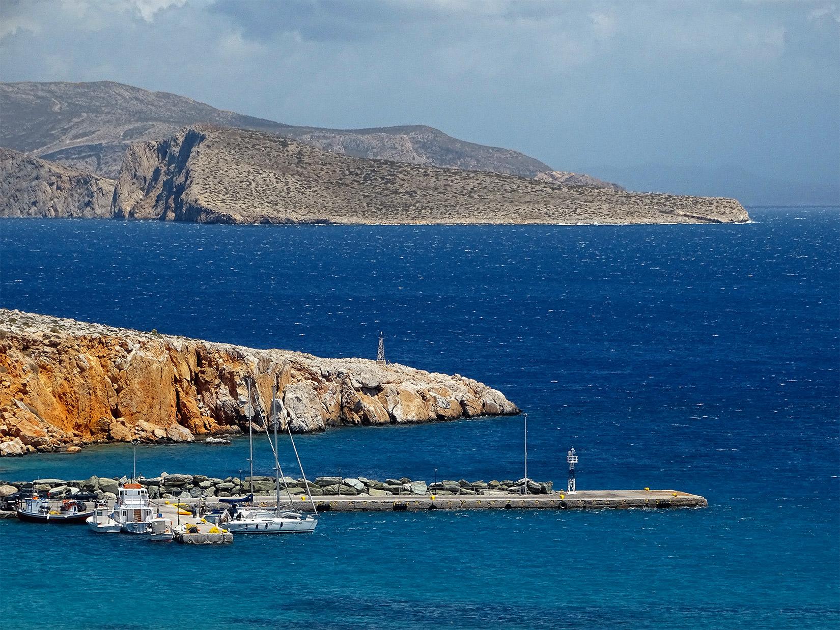 Folegandros Hotels Karavostasis